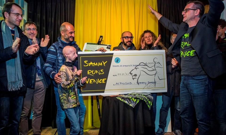 """Le foto della """"Sammy runs Venice"""" in mostra a Bassano"""